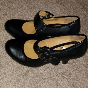 Black professional heels